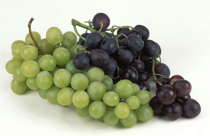 3 Reasons Why Grapes Promote Weight Loss