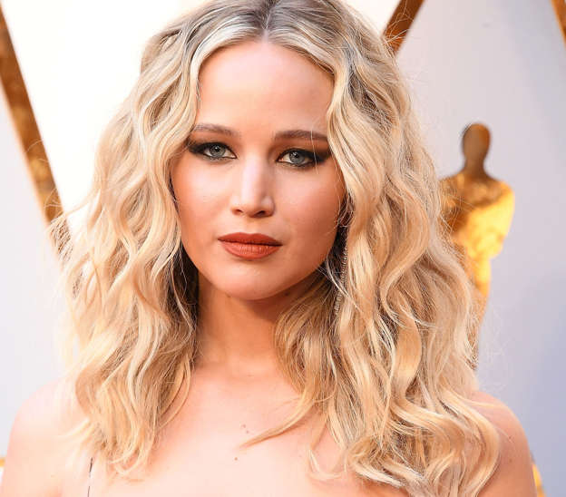 89fafd354f7 Jennifer Lawrence is set to star as a war veteran in her latest movie  project.