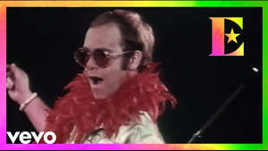 """Step Into Christmas"" was released in 1973 and reached #1 on the Billboard Christmas Singles chart. During the instrumental break, Elton's lyricist Bernie Taupin can be seen ""hitting"" the gongs (actually played by percussionist Ray Cooper), after which Elton holds up his beloved Watford Hornets Football Club membership card.  Explore the music of Elton John: https://eltonjohn.lnk.to/essentialsID  Buy Diamonds 2CD: https://eltonjohn.lnk.to/DiamondsID Buy Diamonds Deluxe Boxset: https://eltonjohn.lnk.to/DiamondsDeluxeID Buy Diamonds Vinyl: https://eltonjohn.lnk.to/DiamondsVinylID     Watch more Elton videos: https://eltonjohn.lnk.to/EJvideosVD Subscribe to Elton channel: http://bit.ly/EltonYTSubscribe  Follow Elton John on... Facebook: https://eltonjohn.lnk.to/facebookYT Twitter: https://eltonjohn.lnk.to/twitterYT Instagram: https://eltonjohn.lnk.to/instaYT  Official Website: http://www.eltonjohn.com Newsletter: http://www.eltonjohn.com/info/mailinglist"