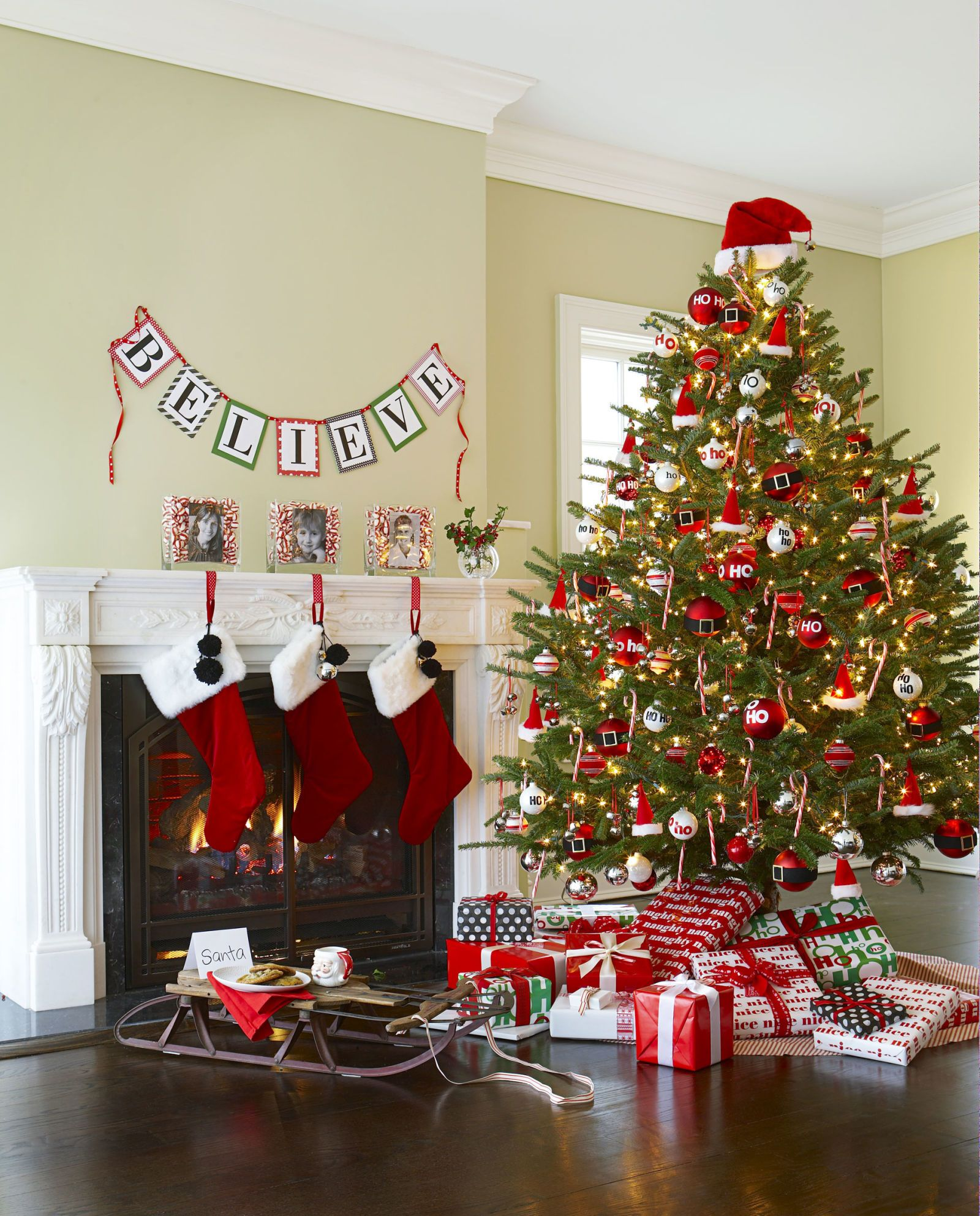56 Easy Christmas Tree Decorating Ideas That\u0027ll Upgrade Your