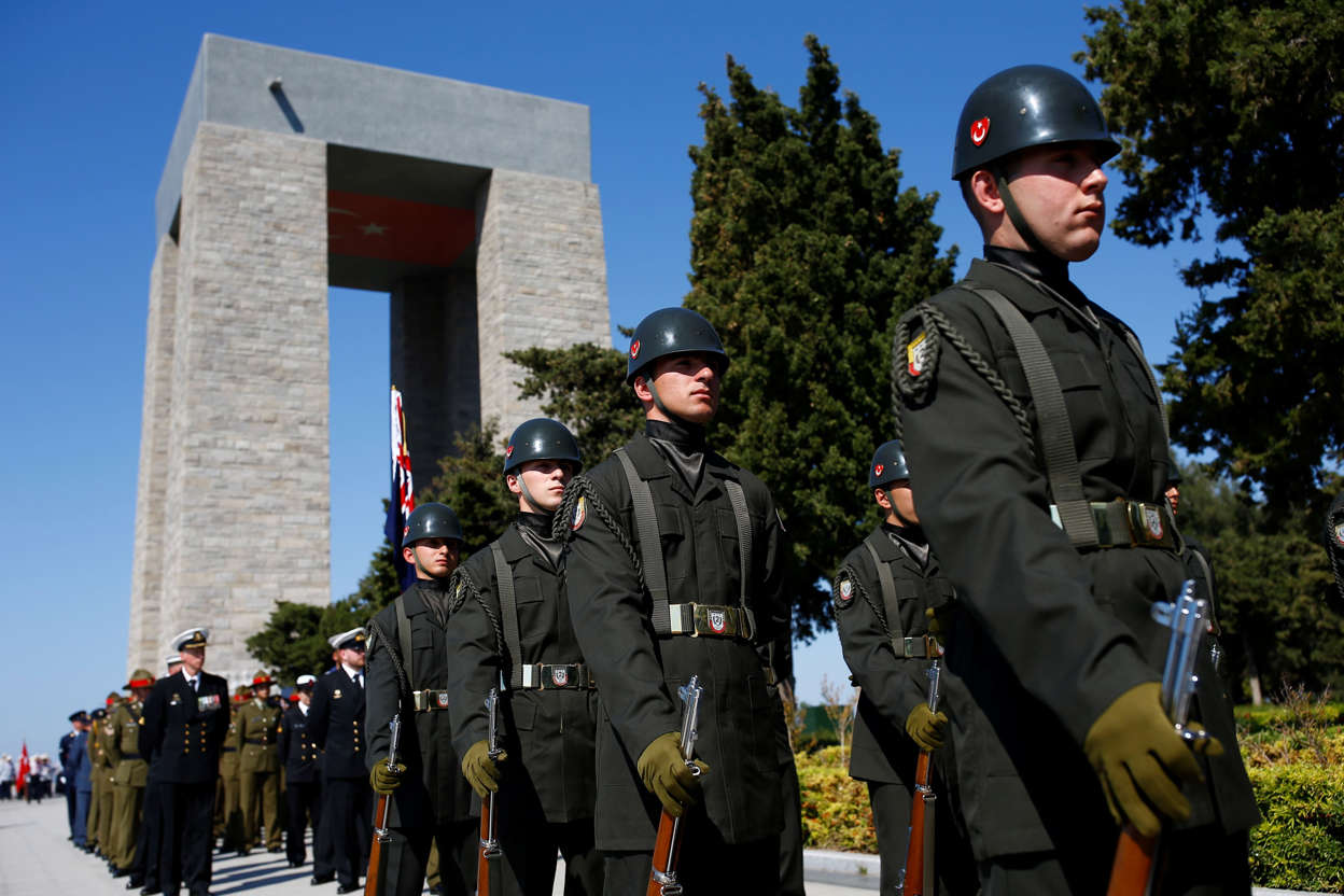 Turkey's soldiers attend the international service in recognition of the Gallipoli campaign at Mehmetcik monument in the Gallipoli peninsula in 2018.