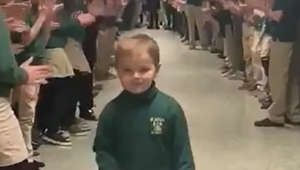 Little boy beats cancer. This is how he was welcomed back to school