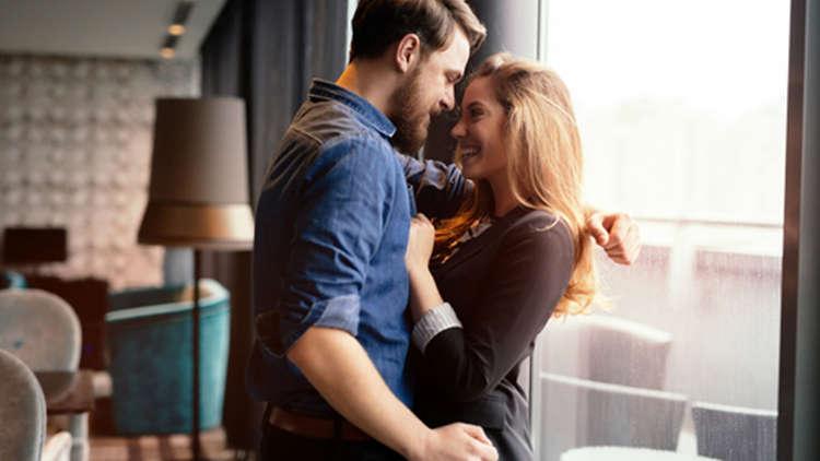 Dating Femeie divor elve ian