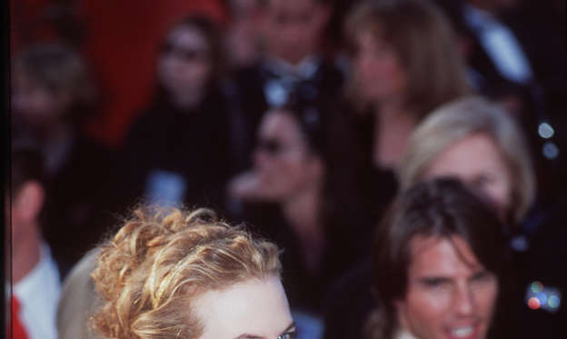 幻灯片 23 - 1: E366553 3/26/00 Los Angeles, CA. Nicole Kidman and Tom Cruise at the 72nd Annual Academy Awards. Dave McNewOnline USA Inc.