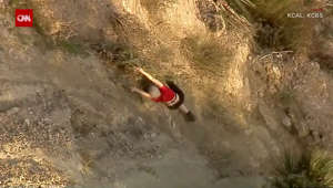 See harrowing rescue of hiker clinging to cliffside