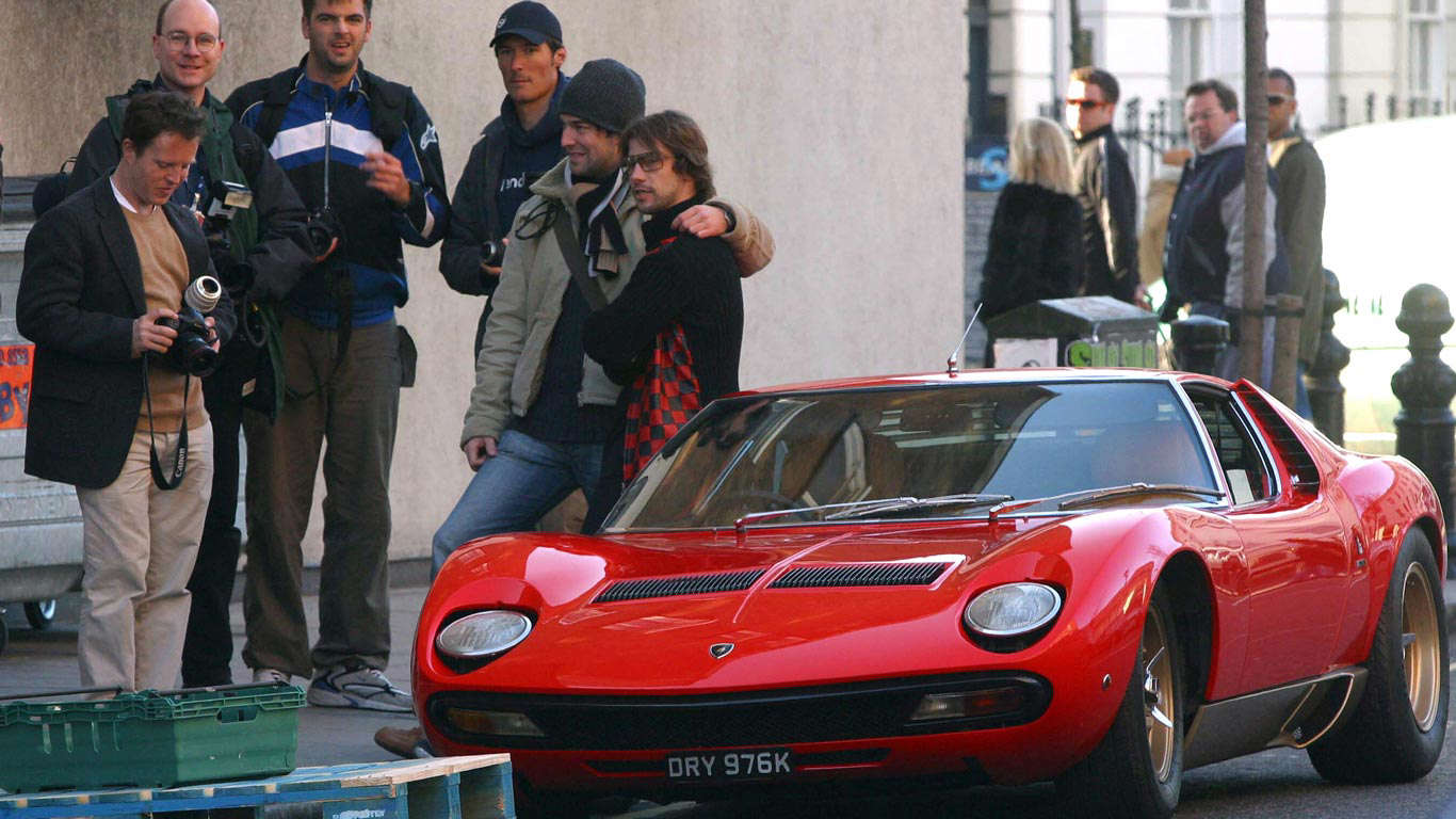 Slide 17 of 35: Old Italian cars aren't the most reliable, as Jamiroquai singer Jay Kay discovered when he broke down on London's King's Road in his Lamborghini Miura.