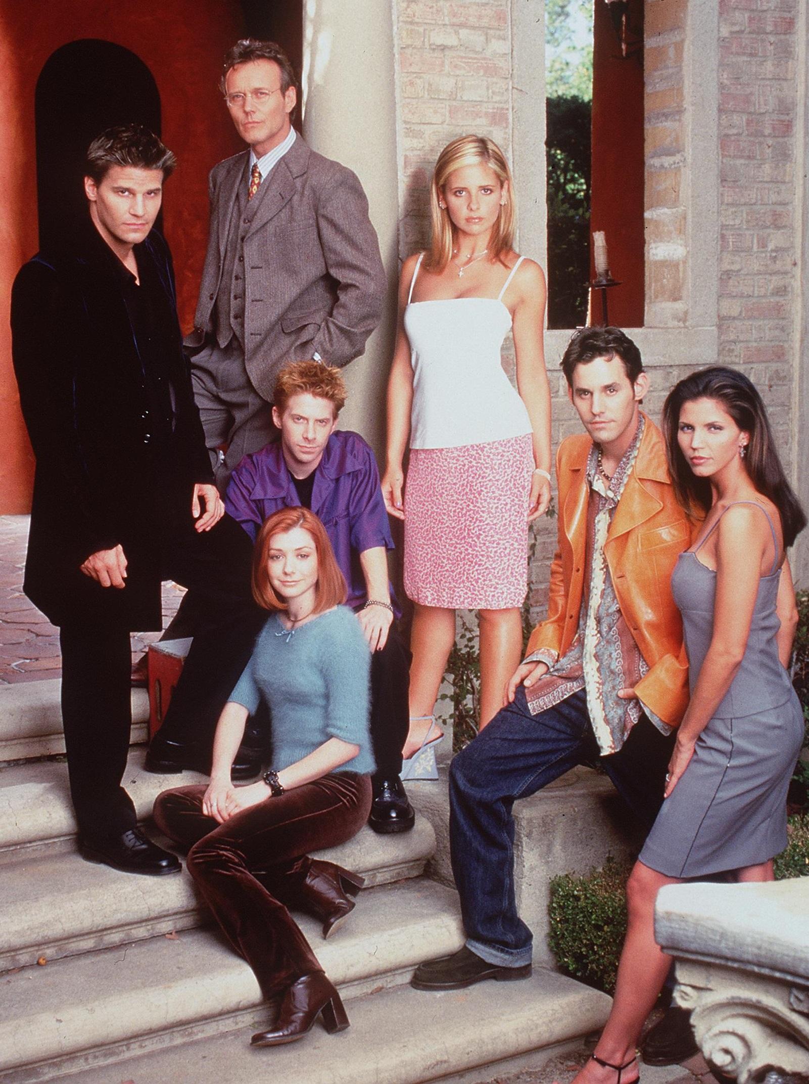 Buffy la vidéo de sexe du corps gratuit Teen Porn Party