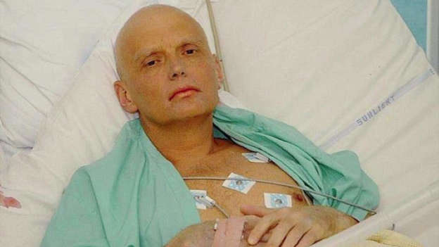 Former KGB agent Alexander Litvinenko on his death bed in hospital SAFE TO USE