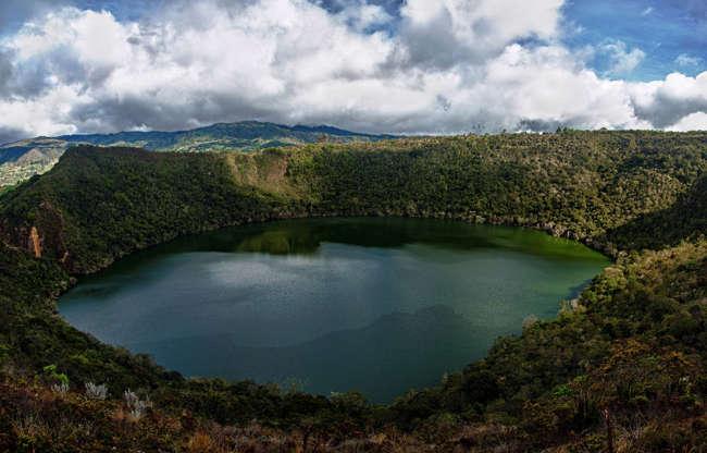شريحة 7 من 16: يقع شمال Guitavita في شمال مدينة كولومبيا ، ويعتقد أن بحيرة Guatavita موقع أسطورة الدورادو.