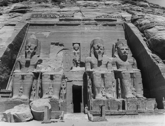 The facade of the temple of Abu Simbel with four figures of Ramses II.  (Photo by Central Press/Getty Images)