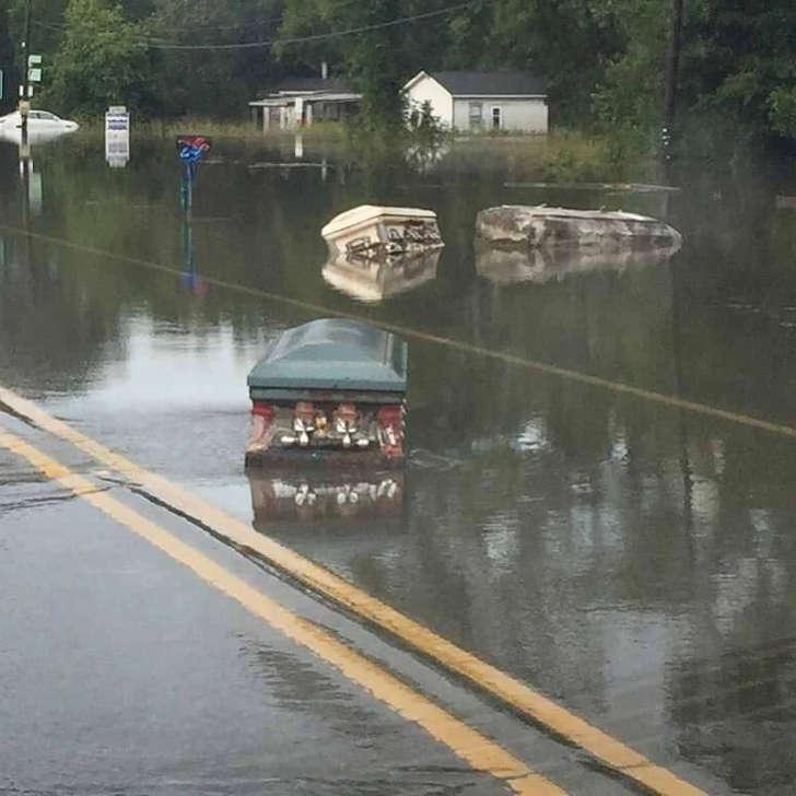 Vidéo : Signes de la Fin des Temps-Juin 2016- météo extrême, etc... BBvGxPE