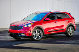 2017 Kia Niro: Don't judge this eco-car by its low-budget looks