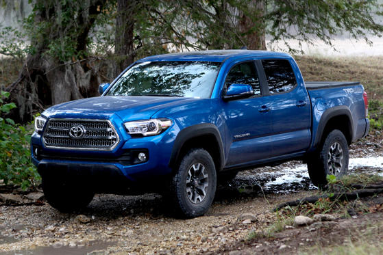 2017 Toyota Tacoma Sr5 Double Cab 4x4 V6 Auto Short Bed Overview