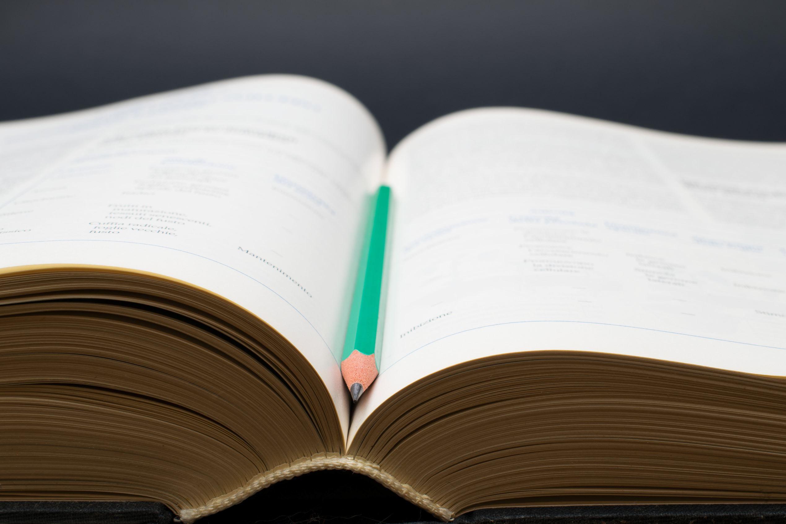 Dating tilbake synonymordbok